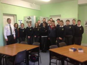 Senator Daly with the Students of Pobail Scoil Inbhearsceine